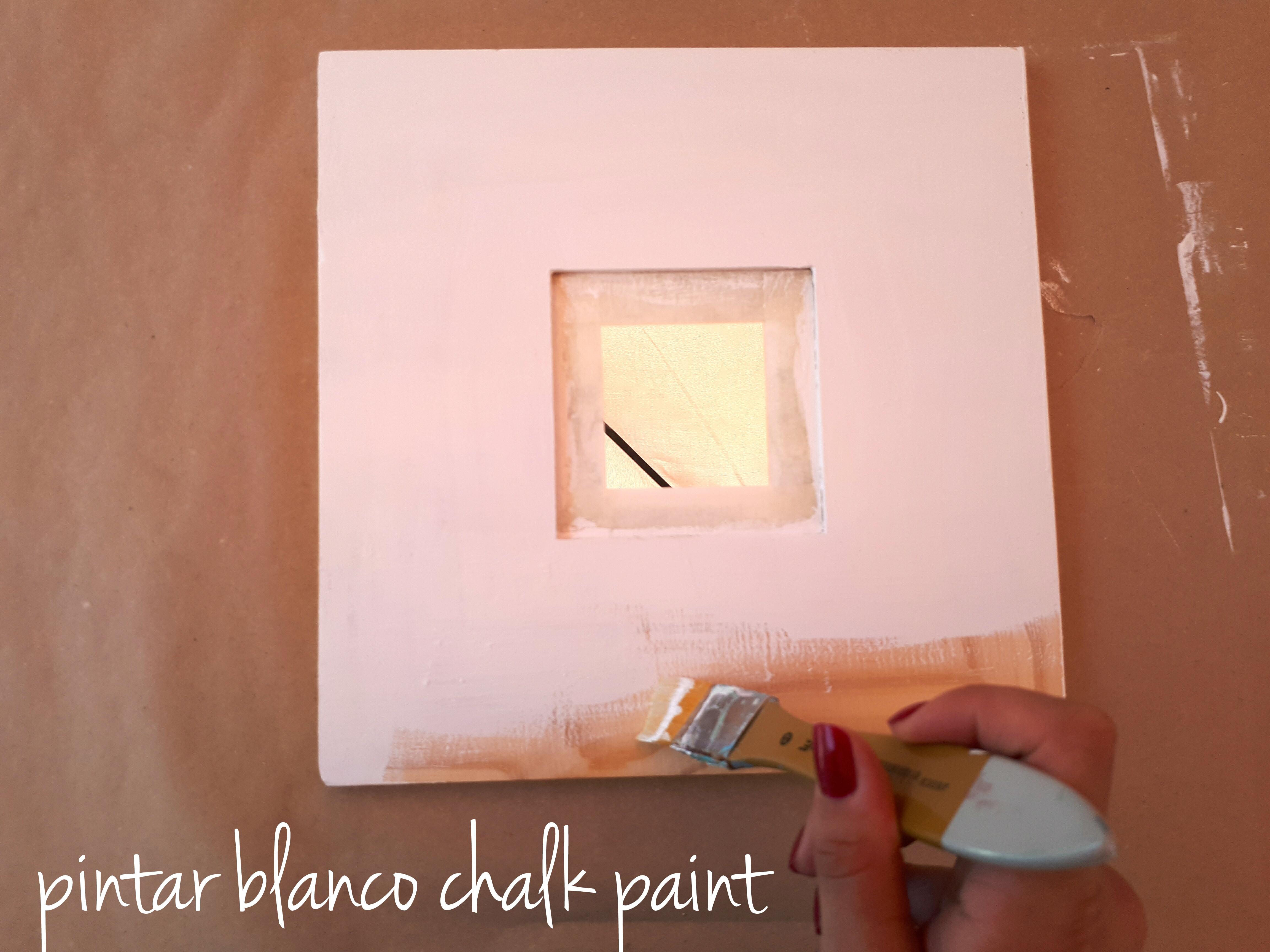Como decorar un espejo de ikea con pintura handbox craft - Pintura para espejos ...